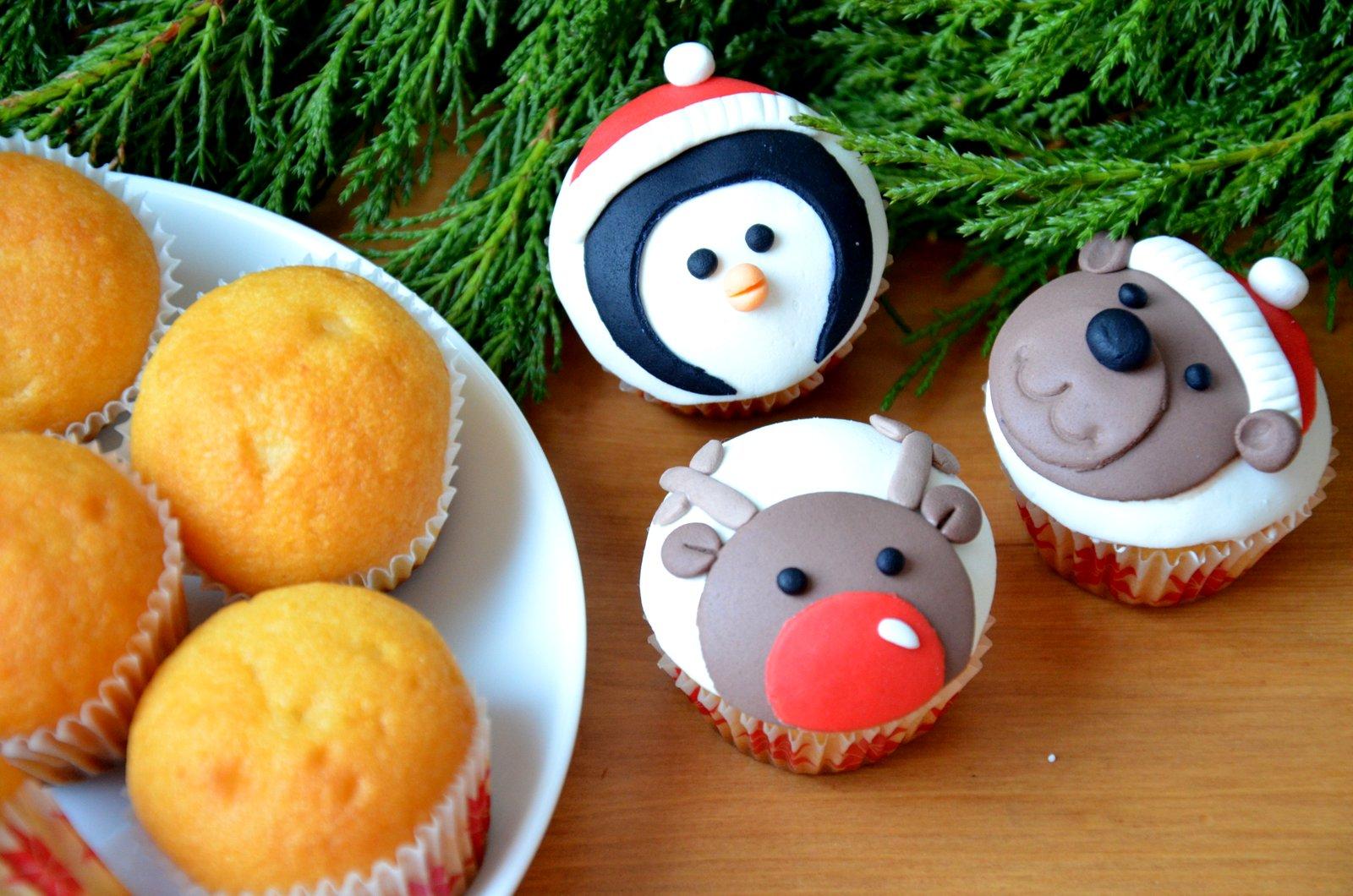 Babeczki świąteczny renifer, pingwin i miś