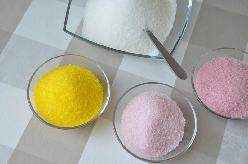 Jak zrobić kolorowe posypki z cukru