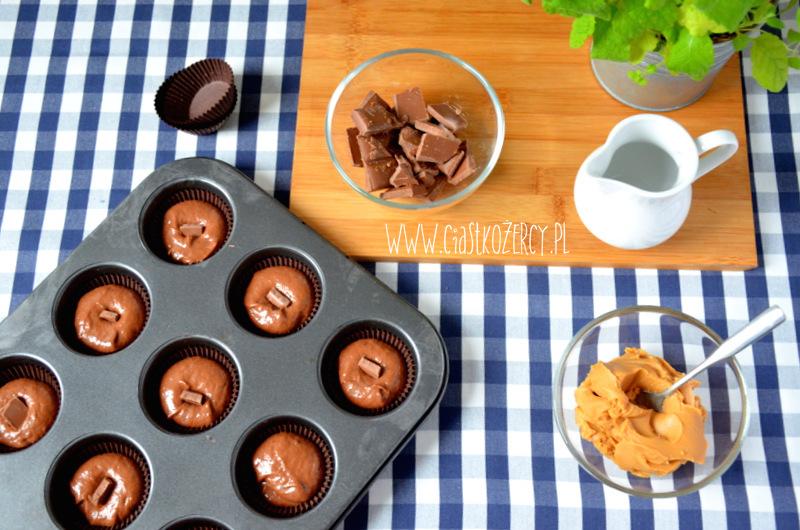Babeczki snickers 8
