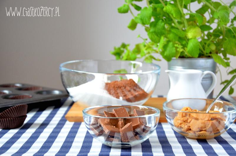 Babeczki snickers 9