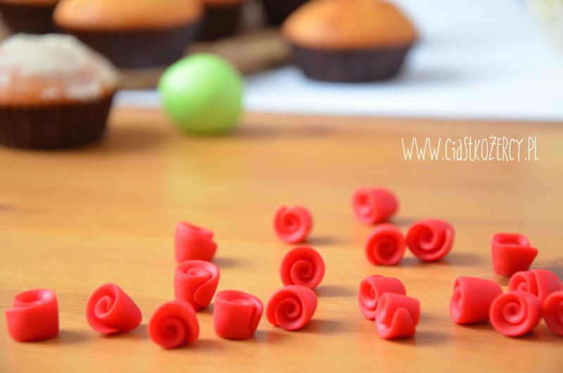 Babeczki bukiet róż 4