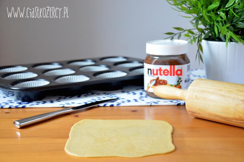 drożdżowe ślimaczki z Nutellą9