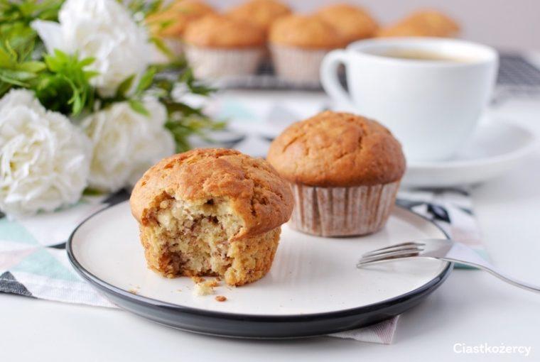 proste muffinki bananowe