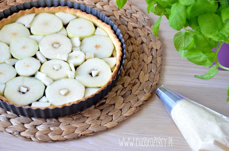 Migdałowa tarta z gruszkami 11