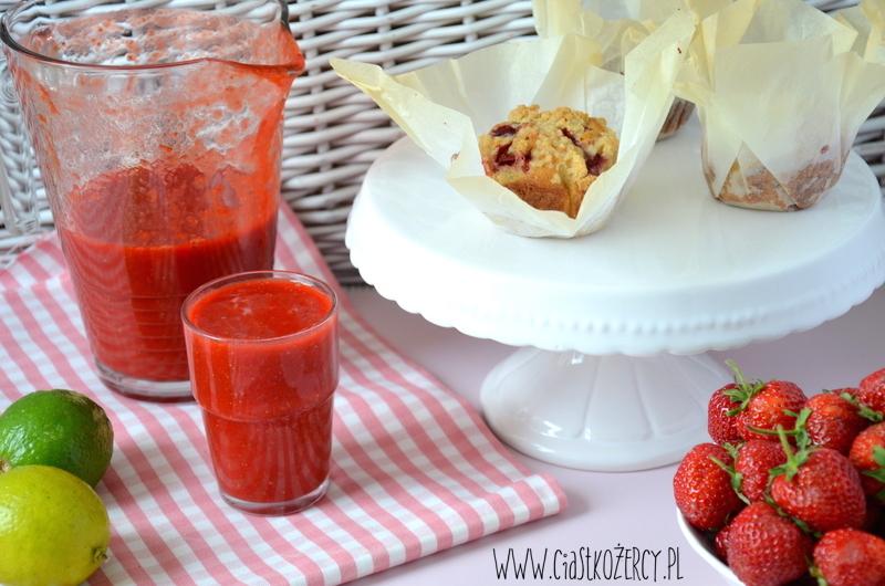Muffinki truskawkowe 11