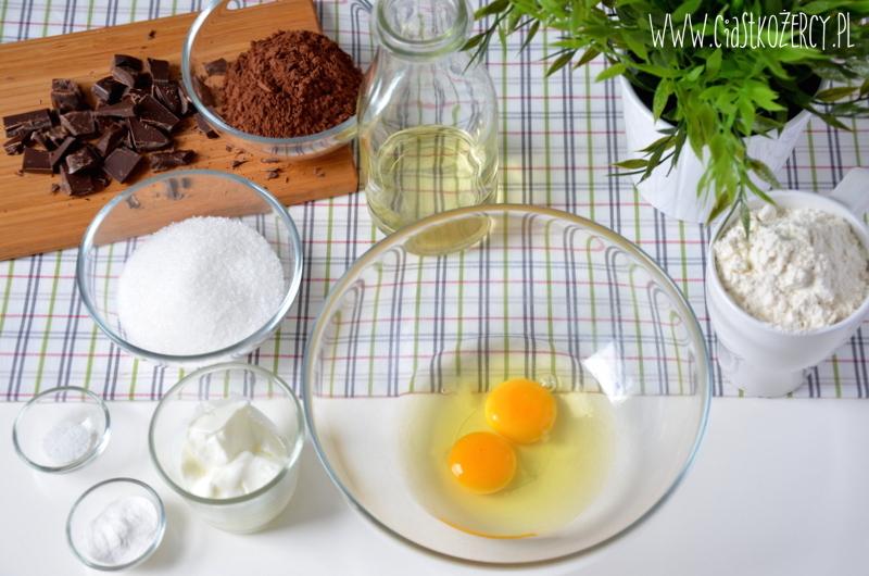 Muffiny czekoladowe z karmelem 1