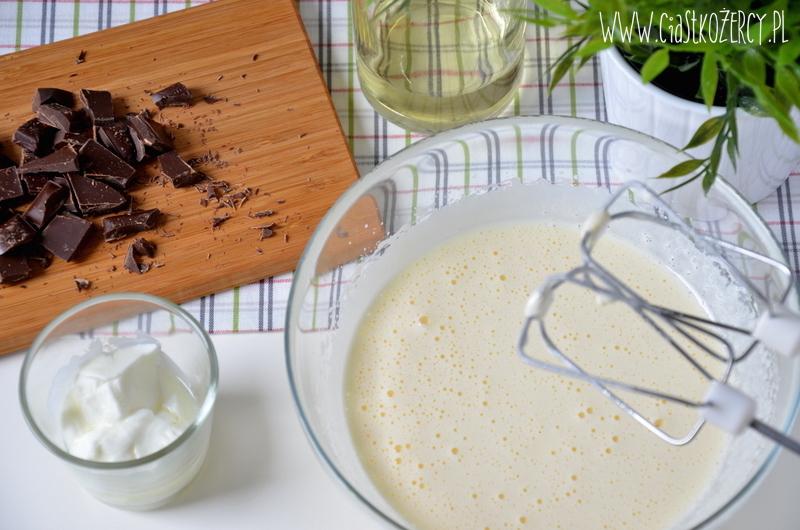 Muffiny czekoladowe z karmelem 3