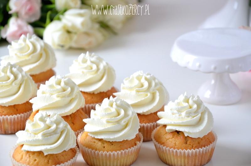 Rose cupcakes 12