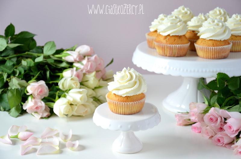 Rose cupcakes 13
