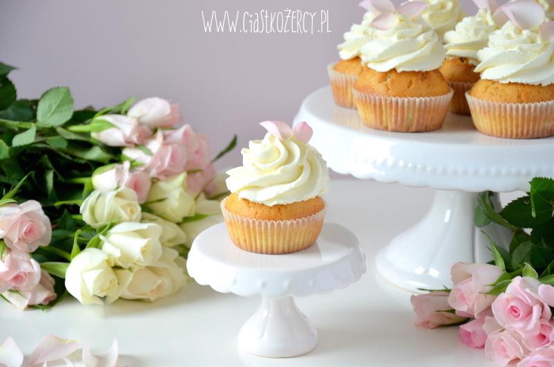 Rose cupcakes 14