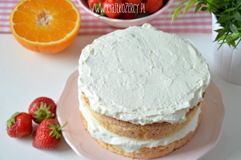 Tort z truskawkami 10