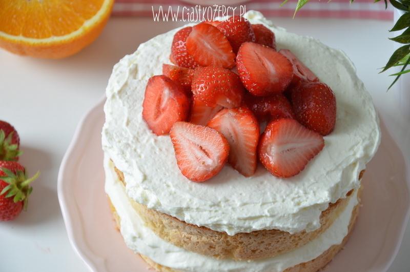 Tort z truskawkami 12