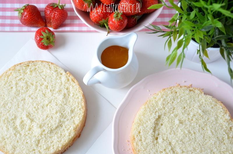 Tort z truskawkami 5