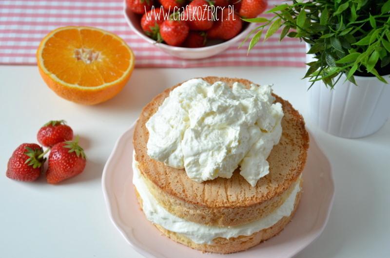 Tort z truskawkami 9