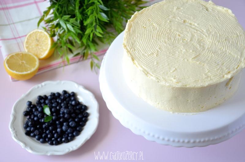 Tort cytrynowo-jagodowy 12