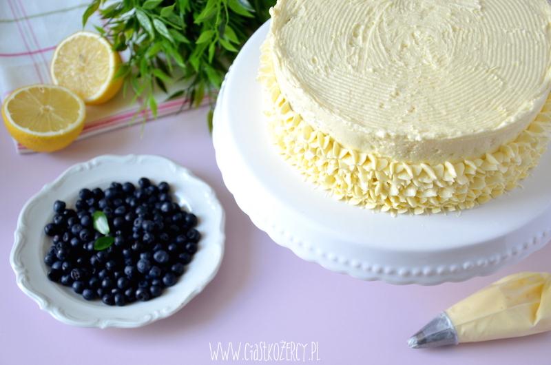 Tort cytrynowo-jagodowy 13