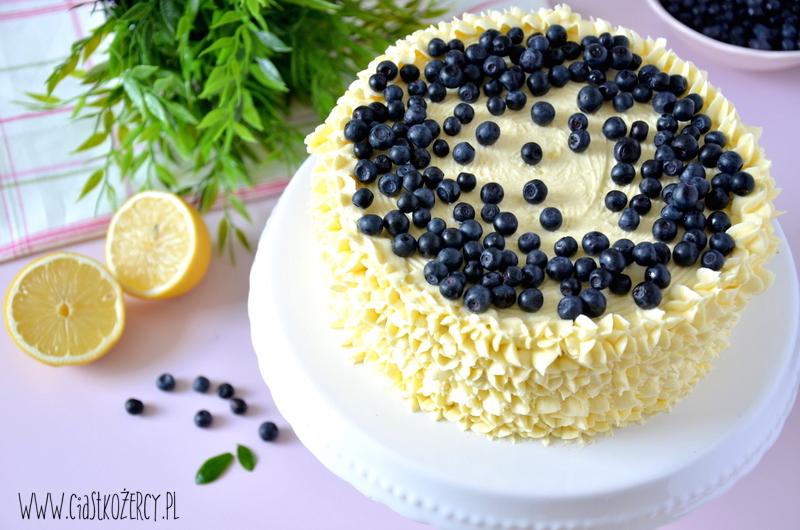 Tort cytrynowo-jagodowy 15