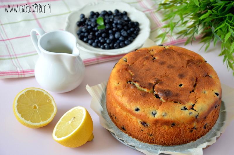 Tort cytrynowo-jagodowy 7