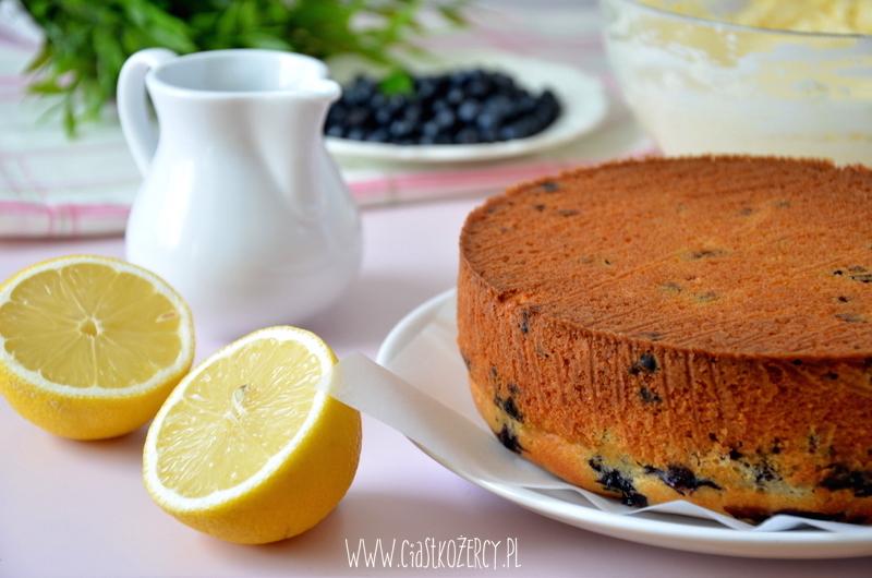 Tort cytrynowo-jagodowy 8