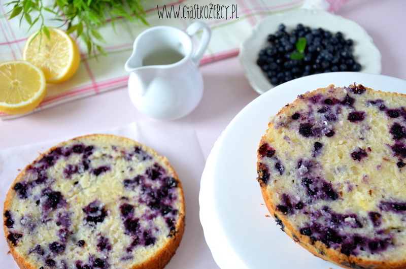 Tort cytrynowo-jagodowy 9