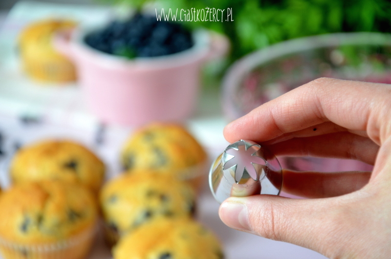 Proste muffinki jagodowe 11
