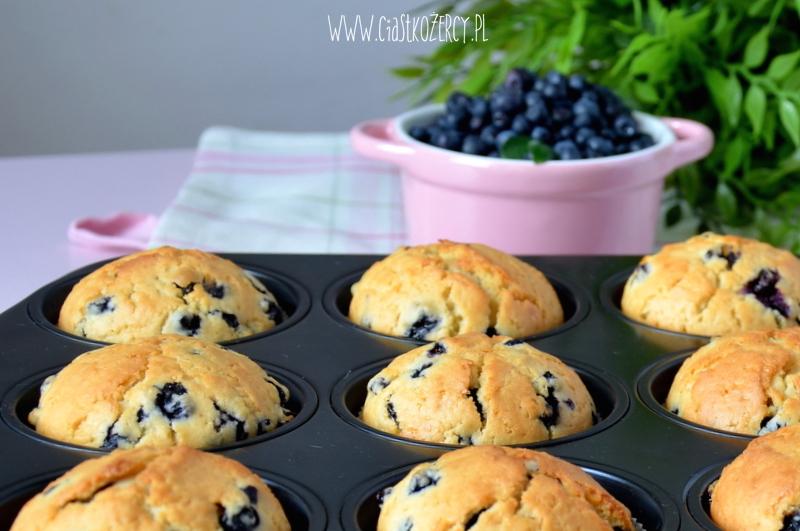 Proste muffinki jagodowe 9
