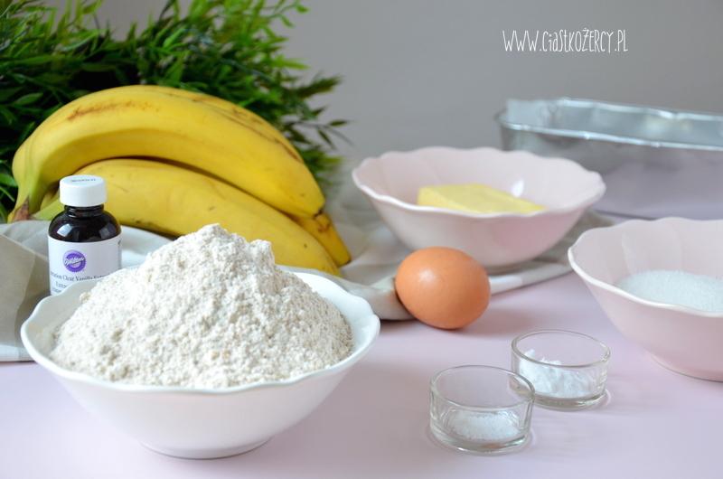 Chlebek bananowy 1