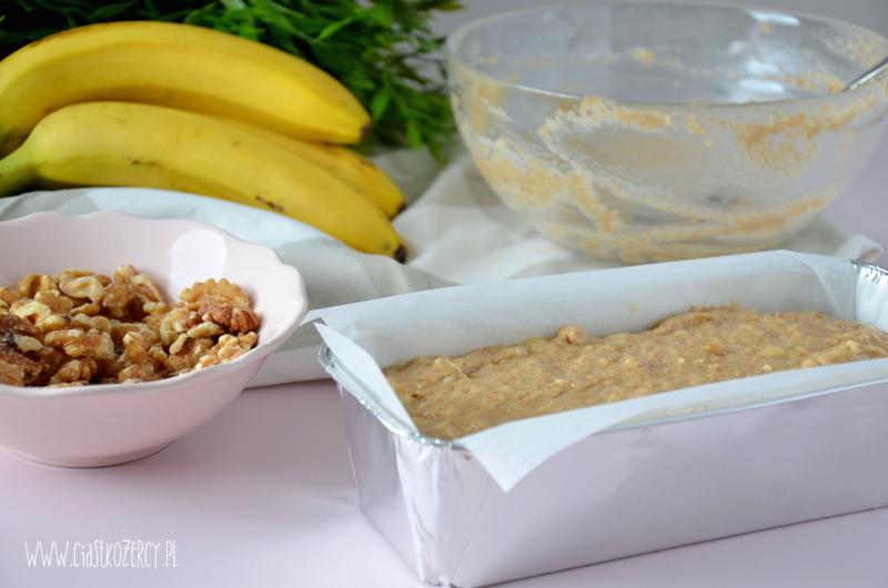 Chlebek bananowy 7