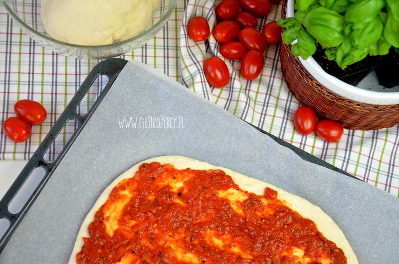 Ciasto na pizze 8