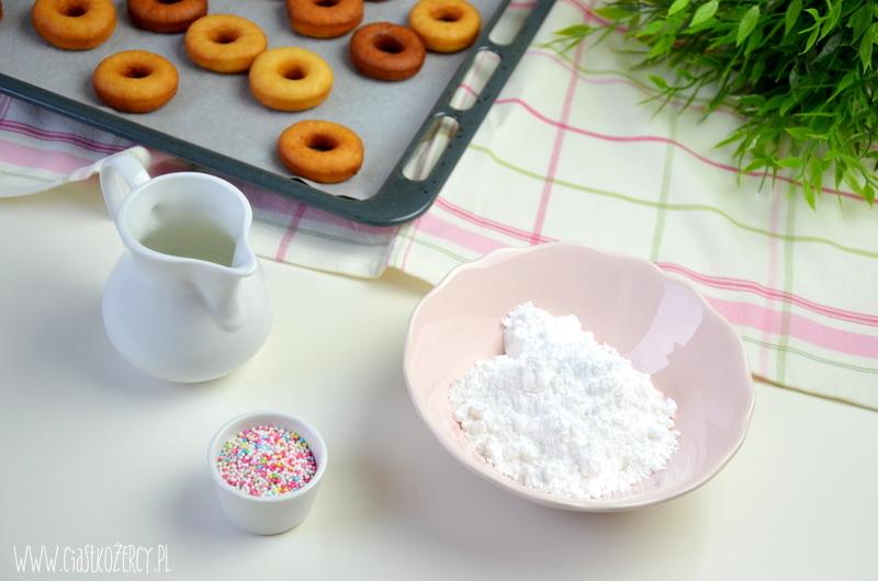 mini donuty 12