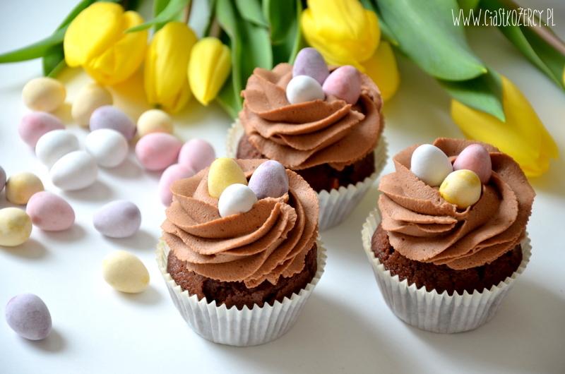 Wielkanocne babeczki 8
