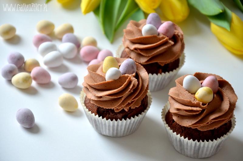 Wielkanocne babeczki 9