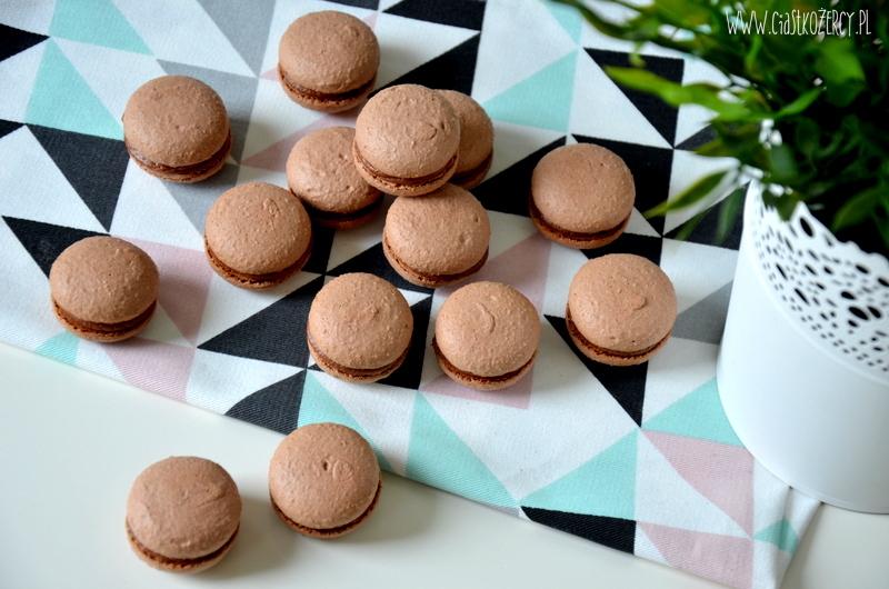 makaroniki czekoladowe z Nutellą 15