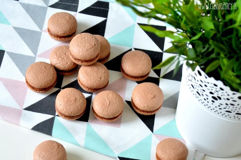 czekoladowe makaroniki 1