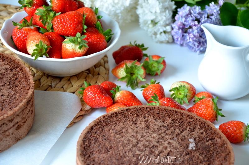 Tort truskawkowo czekoladowy 2