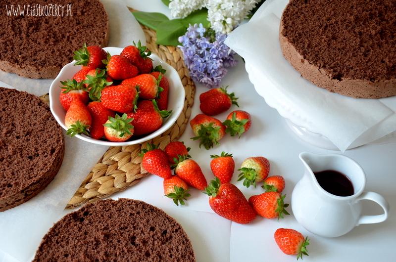 Tort truskawkowo czekoladowy 3
