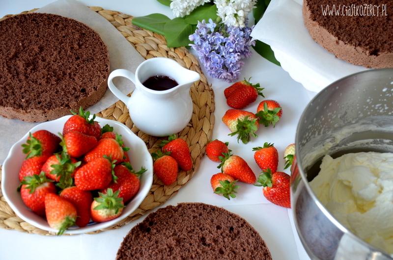 Tort truskawkowo czekoladowy 5