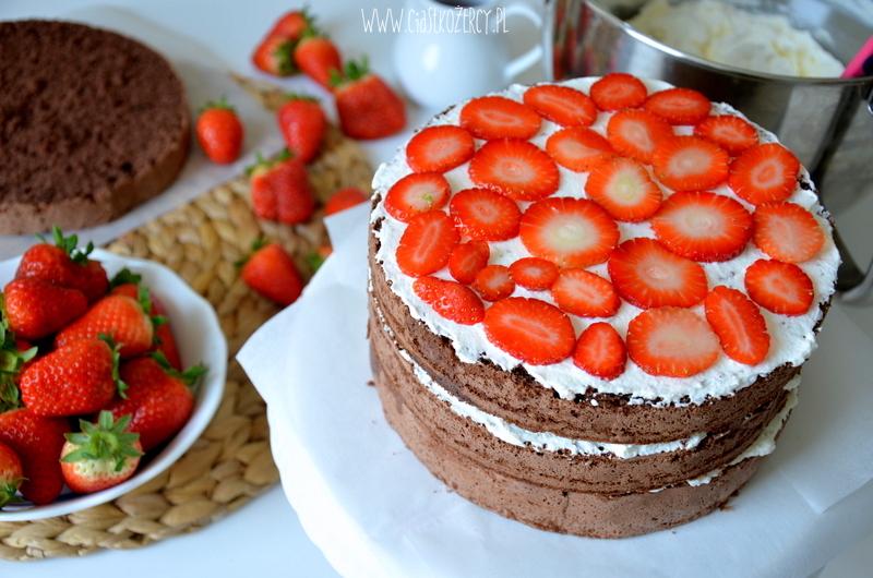 Tort truskawkowo czekoladowy 8