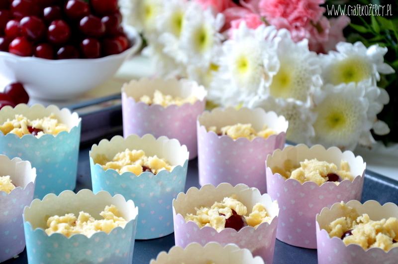 muffinki z wiśniami 6