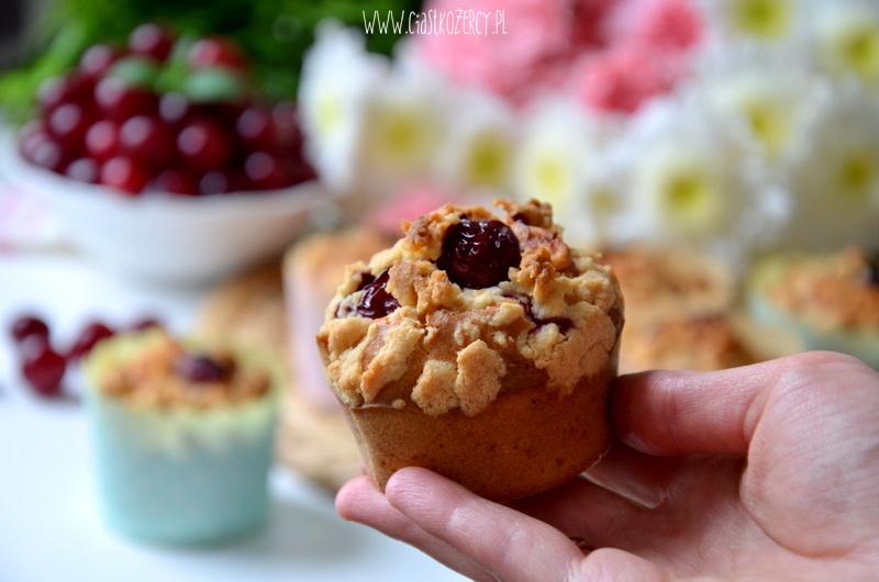 muffinki z wiśniami 7