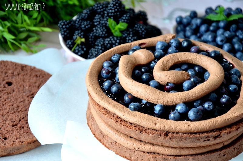 Jak zrobić Czekoladowy tort z jeżynami