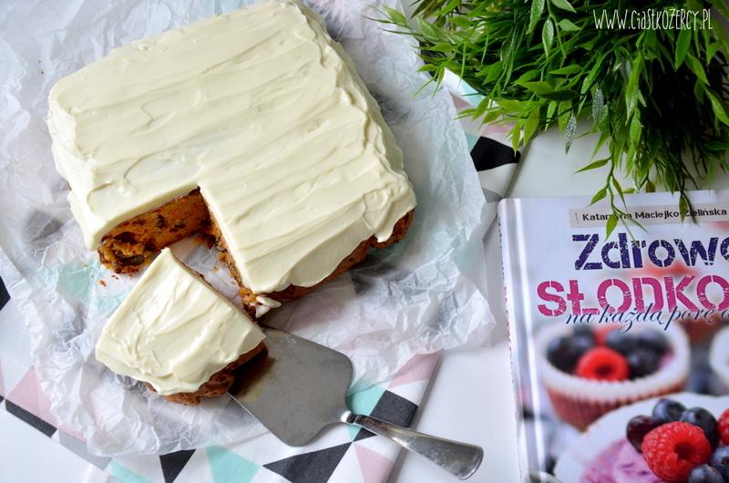 bezglutenowe-ciasto-marchewkowe-10