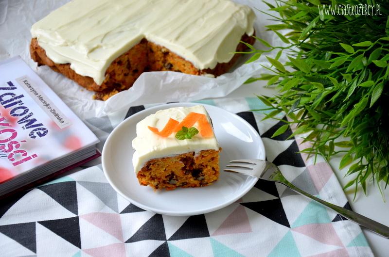 bezglutenowe-ciasto-marchewkowe-12
