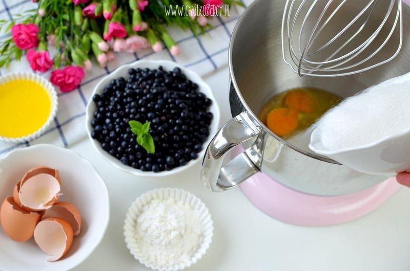 sernik z jagodami 4
