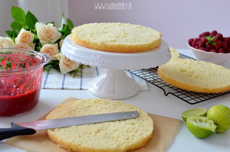 tort malinowy 26